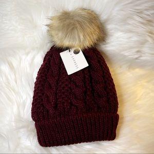 BNWT LA Express Maroon Knit Pom Pom Beanie